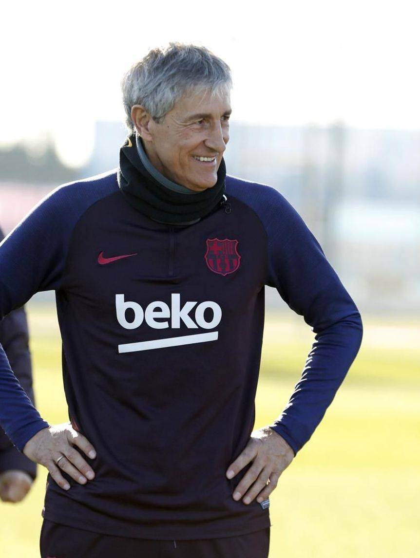 Barcelona Head Coach: Quique Setien