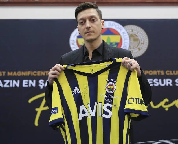 Mesut Ozil Fenerbahçe