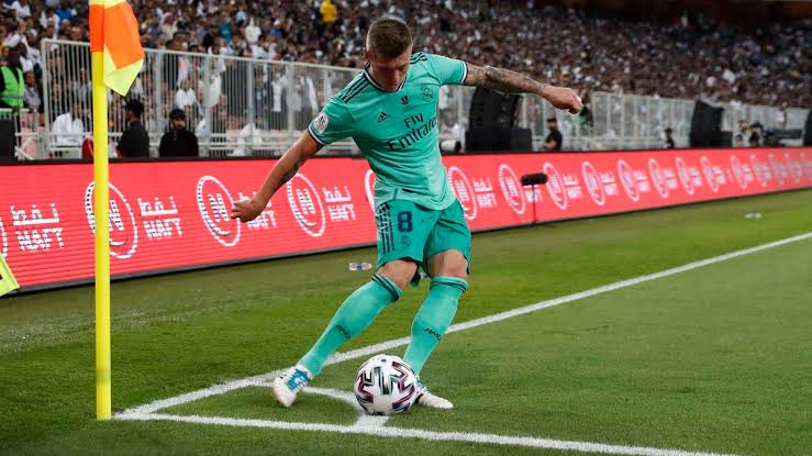 Toni Kroos Famous Players Who Scored Goals Directly From a Corner Kick