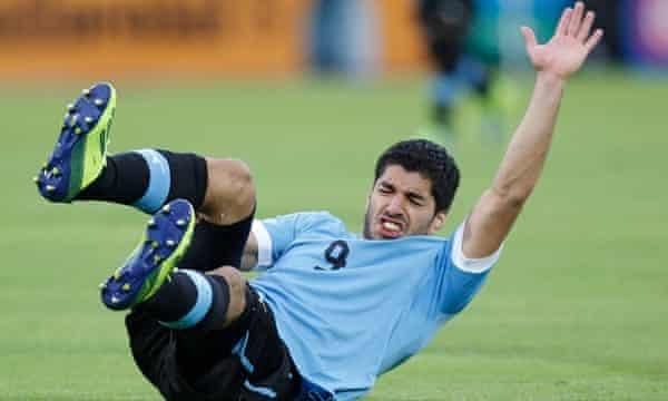 Luis Suarez meniscus injury