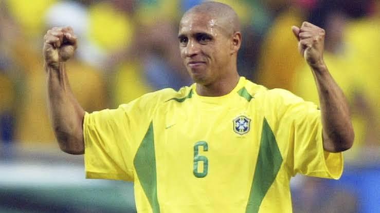 Roberto Carlos footballers who wore number 6