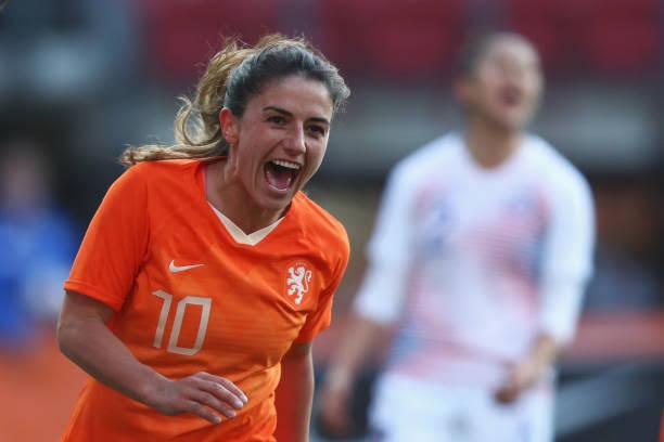 Danielle Van de Donk best female football midfielders