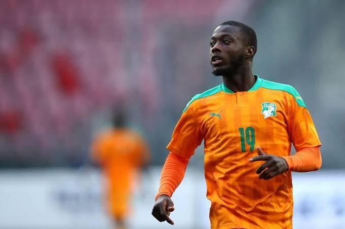 Nicolas Pepe Football Teams That Wear Orange