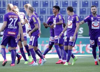 FK Austria Wien football teams that wear purple jerseys